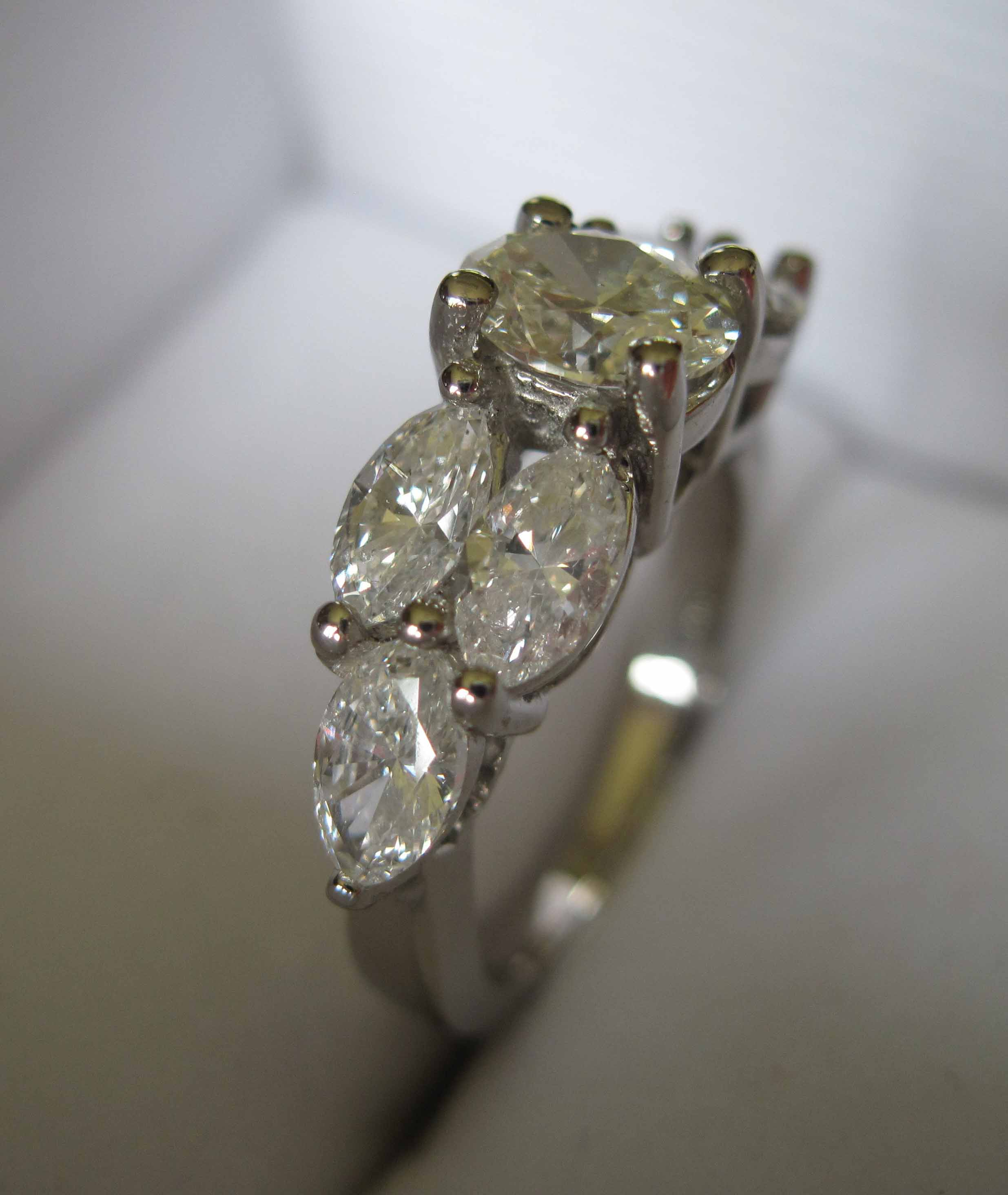 topic diamond marquise rings