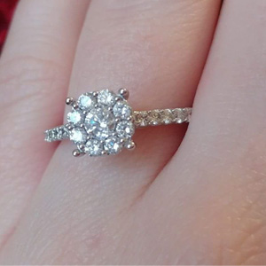 cluster engagement ring, duplicate stolen jewelry, stolen ring