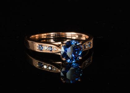 rose-gold-blue-sapphire.jpg