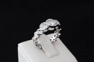 cluster diamond ring, serpentine three stone ring, custom engagement ring